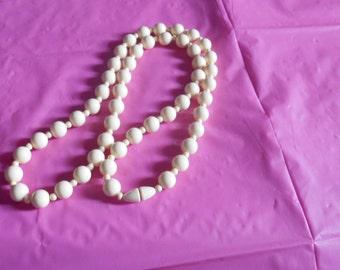 Plastic Beads Cream or Bone color Necklace Screw closure