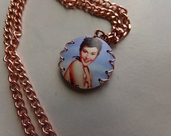 Reversible Audrey Hepburn Copper Chain Necklace. Retro Hollywood Jewelry