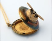 Locket Necklace Airplane Propeller Moving Movable Moveable Charm Jewelry Plane Boat Nautical Vintage Brass Gold