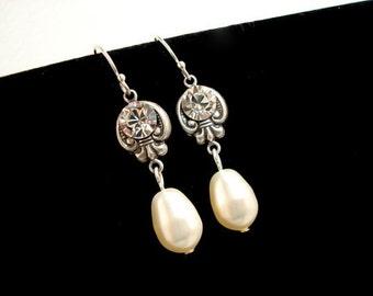Pearl bridal earrings, Crystal wedding earrings, vintage style earrings, pearl drop earrings, bridesmaid jewelry, Swarovski crystal earrings