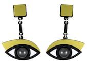 In the Blink of an Eye earrings in gold acrylic
