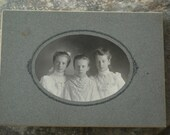 Sweet parlor photo of 3 young girls - circa 1930s or before