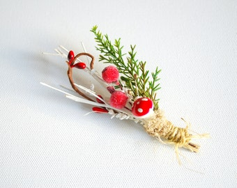 red white green grooms boutonniere, winter weddings, groomsmen pin, weddings accessories, bridesmaids brooch pin, woodland wedding, forest