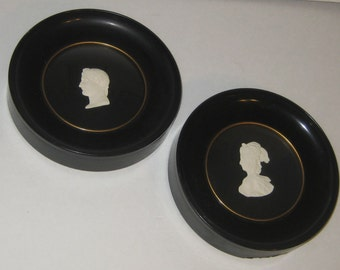 Vintage Pair Small Round PORCELAIN SILHOUETE Busts of Josephine and Napoleon Pictures Andriev f