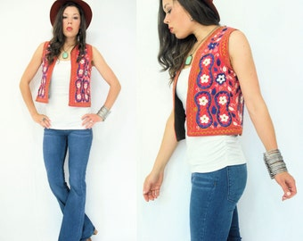 SALE...Vintage 70's Boho Floral Ethnic Embroidered Vest Jacket / Small Medium