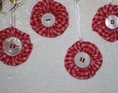 YoYo Ornaments White Buttons. Red Gingham, Small Ornament, Miniature. 2 Inches, Vintage Button Satin Ribbon,  Country Decor, Hand Made in US