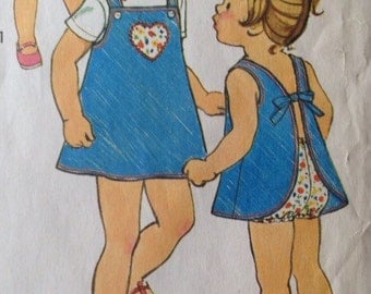 Adorable Simpliciy 6991 Toddlers Jiffy Dress or Jumper, Bloomers and Hat