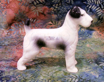 WIREHAIRED POINTER or Terrier Figurine by Robert Simmons #20152 1950s