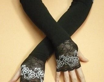 Long Fingerless Gloves with Lace Black Grey Gothic Stretchy Armwarmers Thumb Holes, Belly Dance, Vampire Wedding, Noir, Stulpen Fusion DAnce