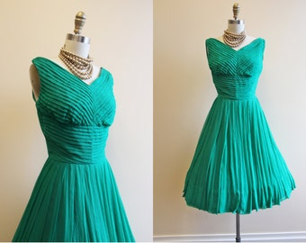 50s Dress - Vintage 1950s Dress - Emerald Green Silk Chiffon Prom Party Dress XS - Elizabeth T