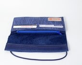 Blue leather wallet with silk screenprint