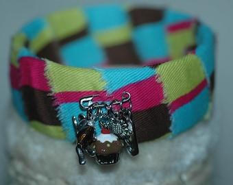 I Love Chocolate Cupcakes Bangle , Cupcake Bangle , Cupcake Bracelet