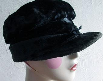 Antique Black Velvet Women's Hat