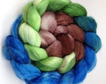 Spinning Fiber, Alpaca/Merino/Silk Combed Top - Hint of Spring gradient roving, 4 oz