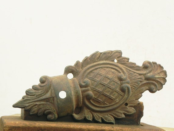 Wall Sconce Lamp Parts : Salvaged cast metal vintage wall sconce backplate Lamp Parts