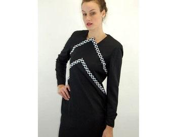 1980s dress Carolina Herrera black white beaded dress mod chevron stripe Size 10