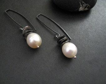 Oxidized Silver Pearl Earrings, Simple Earrings, Architectural Modern Pearl Earrings, Contemporary Pearl Earring