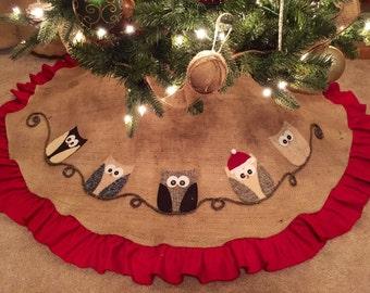 Christmas Tree Skirt, personalized tree skirt, burlap tree skirt, Owl tree skirt, owl decor, Christmas decor, handmade holiday decor,