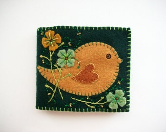 Needle Book Green Felt Needle Keeper with Brown Folk Art Bird and Hand Embroidered Felt Flowers Handsewn