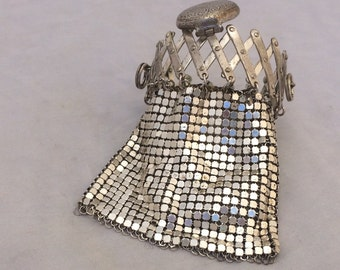 Tiny Antique mesh purse gate top expansion  frame silver tone Miser bag dolls purse  1930s