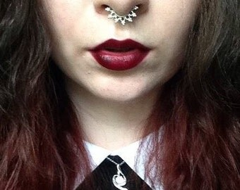 Silver Fake Septum ring for Non-Pierced Noses, Faux Septum piercing, Indian nose ring, Chandika fake nose piercing, Tribal Clip on septum