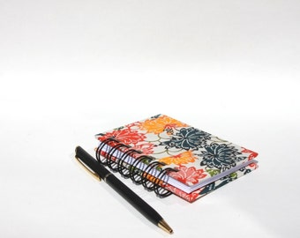 Mini Notebook Notepad - Spiral Book - Japanese Flowers