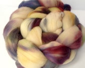 Hand Dyed Merino Roving - Wool roving - Spinning Wool - Leah - 4 ounce braid