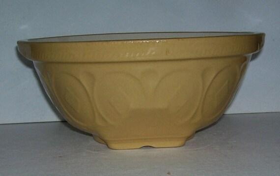 T G Green S Yellow Ware Yellowware Gripstand Mixing Bowl