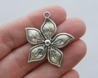 4 Flower charms antique silver tone F95