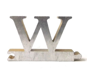vintage 1950's letter W puzzle piece brushed aluminum metal word home decor sign message text type font silver retro home decor small old