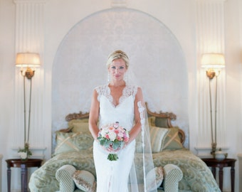 Chapel length veil with Chantilly lace - Jill