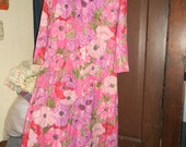 Vintage mod colorful flowers  sheer  pink  nylon lounger hostess robe