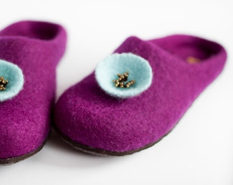 Dark magenta felted wool slippers with aqua blue flower embroidered home shoes purple wool clogs amethyst winter slippers Christmas gift