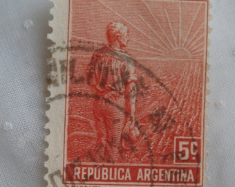 1911 Argentina 5 c Stamp, Used, Farmer with Facing Sunset, Red and White