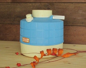 vintage - Thermos  sky blue - mid century - retro camping - glamping