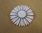 Lovely white enamel vintage flower brooch pin with gold accents