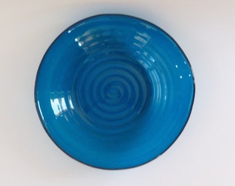 Teal Bowl with a Swirl Design // Fused Glass // Art Bowl // Large // Salad // Serving // Blue // Spiral // Home Decor // Fruit // Functional
