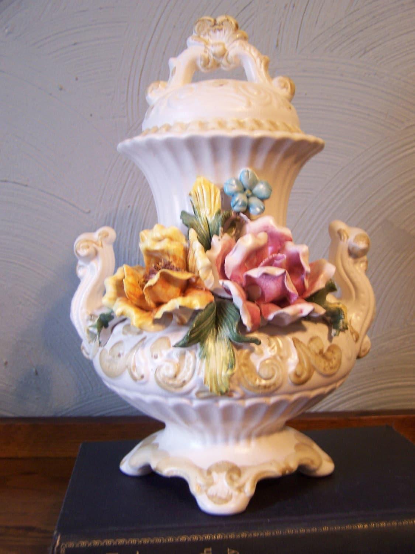 Vintage Capodimonte Urn/Vase Italy Italian Porcelain Crown