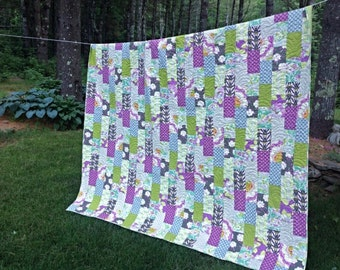 Modern Queen Quilt in Heather Bailey  Lottie Da fabric