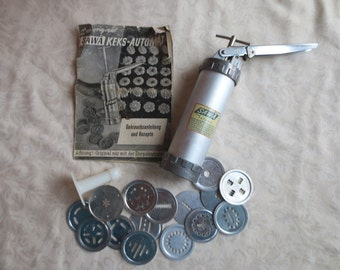 Sawa Keks-Automat 51 Vintage Swedish Cookie Press with 16 Shapes and German Instruction Booklet