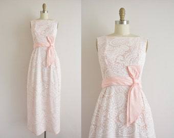 vintage 1960s dress / 60s pink paisley lace dress / 1960s party dress