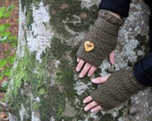 Mini mittens with wooden button in dark green brown, knitwear womens, fingerless gloves, gift for her