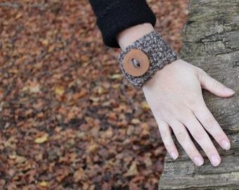 Driftwood wrist cuff/bracelet with stunning handmade wooden button