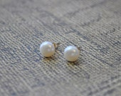 Small Pearl Earrings - round 6-7 mm freshwater pearl stud earring sterling silver or gold filled post - simple wedding everyday jewelry