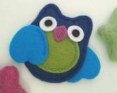 Felt hair clip -No slip -Wool felt -Owl -dark blue/turquoise wings