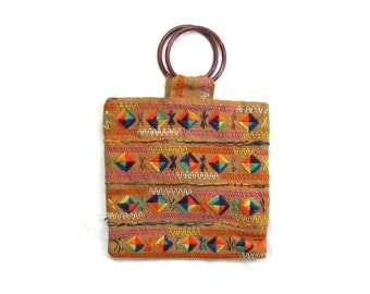 vintage purse 60s woven jute rainbow geoemtric design bamboo straw 1960s accessories