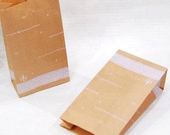 30 Lace Pattern Kraft Paper Bags - S size (4.7 x 8.7in)