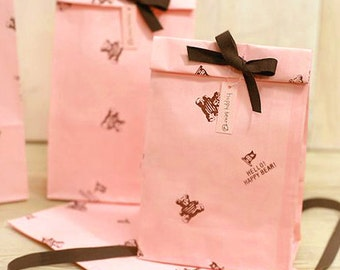 10 Pink Happy Bear Paper Bags (4.7 x 8.7in)