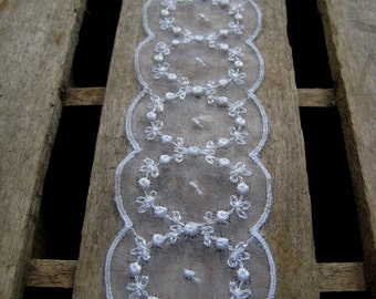 """White Embroidered Scallop Edge Sheer Trim - 4 Yards - 1 7/8"""" Wide - Beautiful - Delicate - Sewing Supplies"""