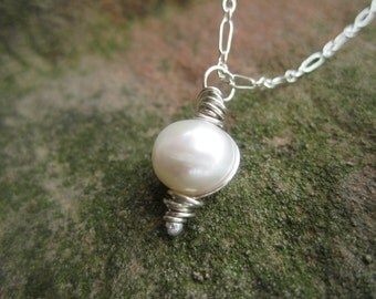 Freshwater Pearl Necklace with Sterling Silver Chain